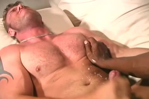 pumped up White boy Makes Love With A black guy