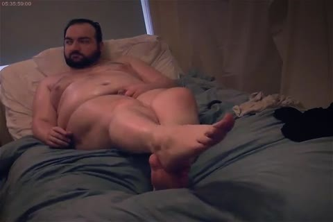 Bear Chub Lotions Body And Cums On web camera