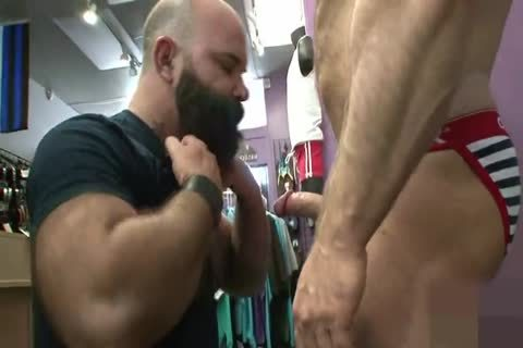 Muscled daddy butthole Nailed from behind