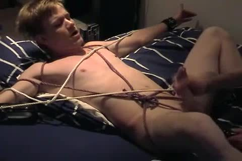 Amatuer dude bound & Jerked