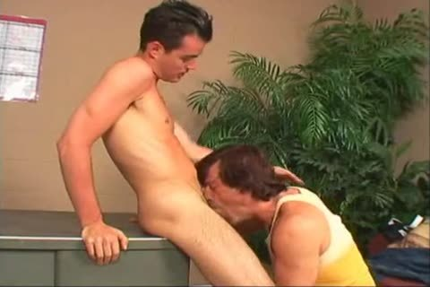twink For money 4 4