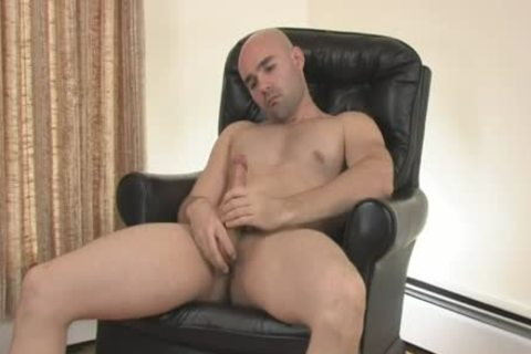 str8 lad Ain't glad As that man Jerks-off - Scene 1 - Mavenhouse