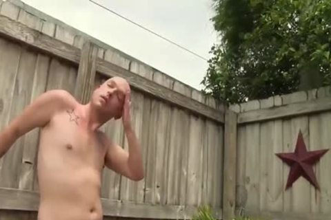 those Two males decide To pound By The Pool
