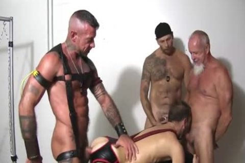 Foursome bare Sling nailing Spit Roast