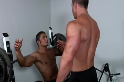 Muscle gay fellatio-service And ball batter flow