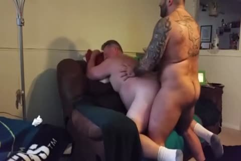 chubby Daddy gets boned By Muscle Bear
