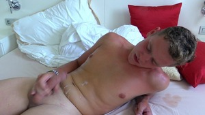 ass fingering and vehement blowjobs with an amateur