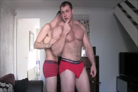 large C With His big Muscles Dominate Skinny twink