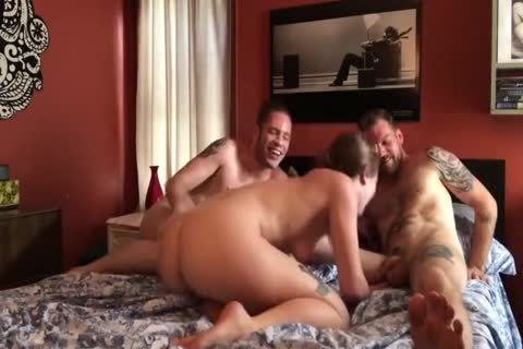 bi-sexual 3some: large dick men