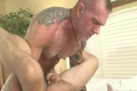 hairy Daddies plow In homosexual Resort